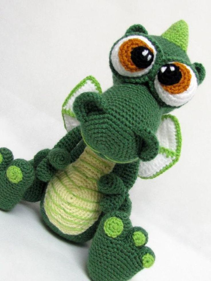 Amigurumi Dragon Wings Pattern : Best 25+ Crochet dragon ideas only on Pinterest Crochet ...