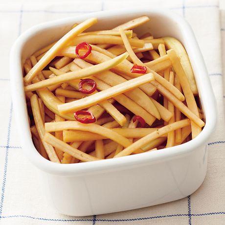 大根の皮のしょうゆ漬け | 藤井恵さんの漬けものの料理レシピ | プロの簡単料理レシピはレタスクラブニュース