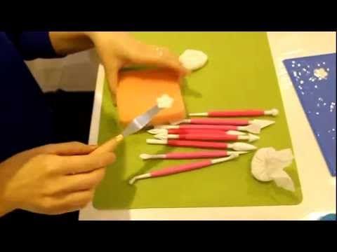 ▶ Tutoriels et Astuces pâte à sucre N°3 : LES EBAUCHOIRS :) - YouTube