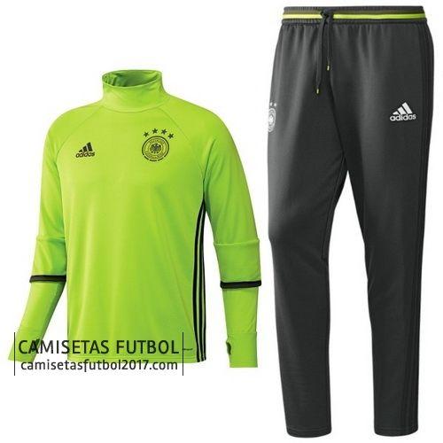 Adidas Chandal Alemania eurocopa 2016 verde  €39,9