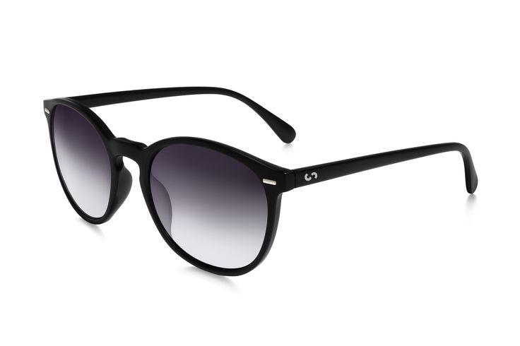 Occhiali da sole polarizzati:  FLASH / GRAY SMOKE  di Slash Sunglasses http://www.slashsunglasses.com/shop/flash/gray-smoke.html
