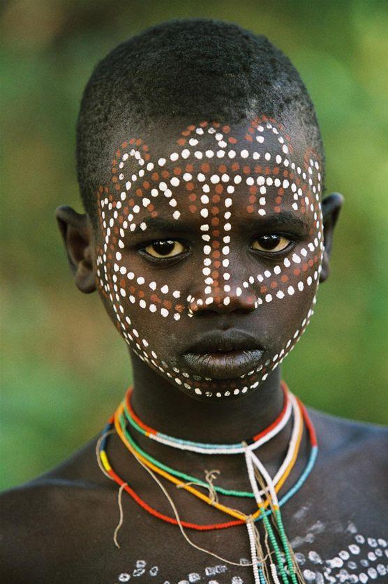 La belleza de las tribus Surma y Surmi