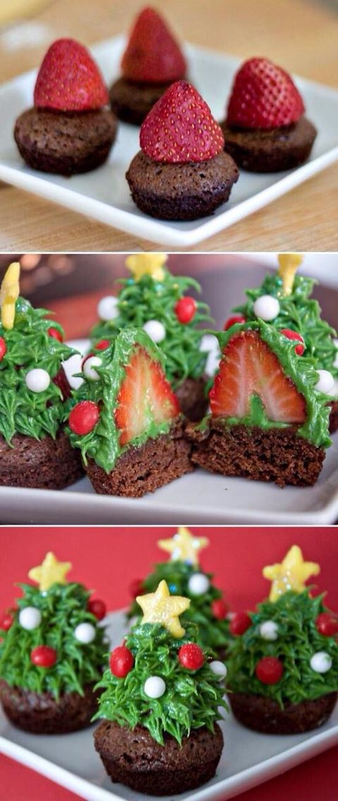 Pastel con fresa decorado de árbol navideño