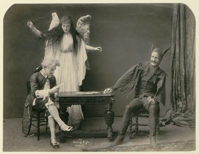 Top 10 Creepy Aspects of Victorian Life: http://listverse.com/2009/08/29/top-10-creepy-aspects-of-victorian-life/