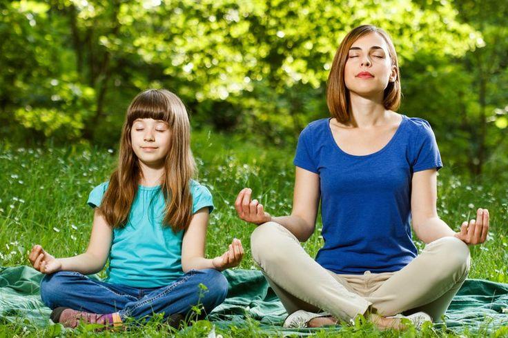 Специально для детей, проводящих каникулы в Москве, Yoga Journal организовал бесплатные занятия йогой в рамках проекта «Йога в парках с Yoga Journal».   По воскресеньям занятия проходят в Парке Горького на территории Зеленой школы, а по понедельникам в Саду Эрмитаж.  Приходите!    #йогамама #yogamama #послеродов #yoga #yogance #yogalove #yogadance #yogaholic #yogaposes #yogavideo #yogapractice #igyoga #namaste #myyogalife #mens_yoga #yogaeveryday #йога #yogastretch #yogazeta…