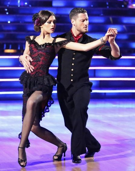 I could watch these two dance forever....first perfect dance of the season - Zendaya Coleman & Val Chmerkovskiy