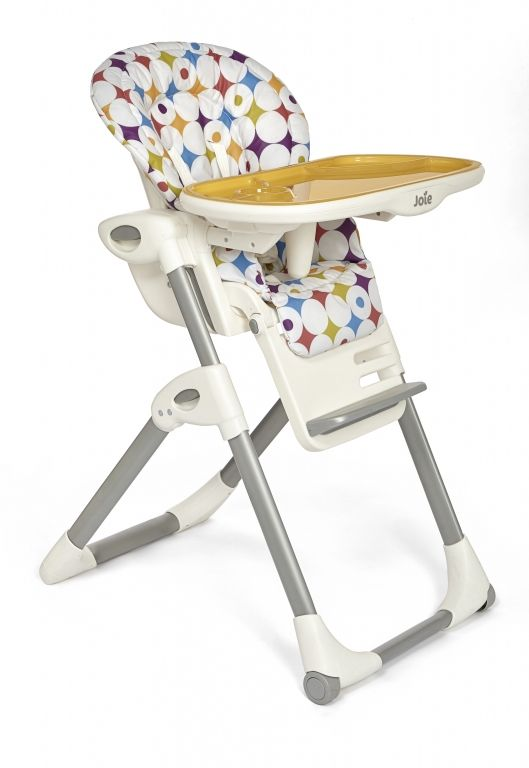 The Mimzy highchair from Joie offers parents and children the ultimate in versatile, adaptable feeding modes to help make family mealtimes fuss-free.