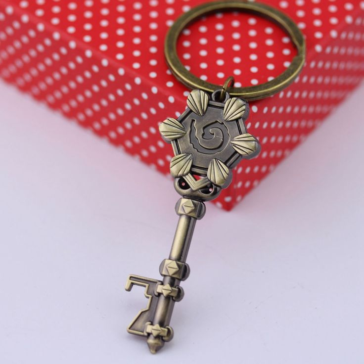 This Hearthstone keychain is key to showing off your enjoyment of the popular Blizzard card game.