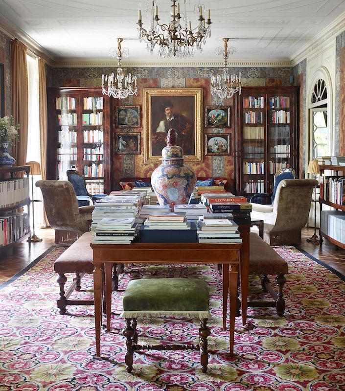 Living room by Studio Peregalli. photo Simon Upton for ELLE DECOR