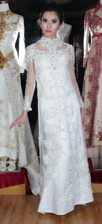 Kebaya Wedding Dress. White, Lacy, Classy.