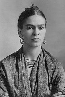 Magdalena del Carmen Frida Kahlo Calderón, más conocida como Frida Kahlo (Coyoacán, 6 de julio de 1907-Coyoacán, 13 de julio de 1954), fue una pintora y poetisa mexicana de ascendencia alemana y española
