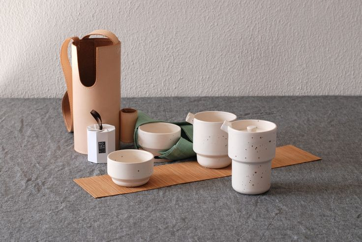 Mosey tea is a product about nomadic tea making. Jie Chen, graduation show Design Academy Eindhoven.