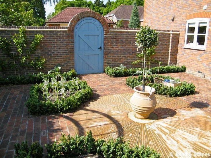 32 best courtyard gardens images on pinterest for Courtyard garden designs