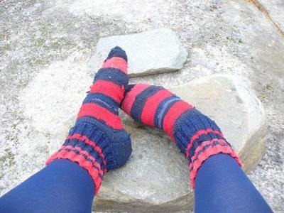 Sticka sockor av nylonstrumpor och -strumpbyxor
