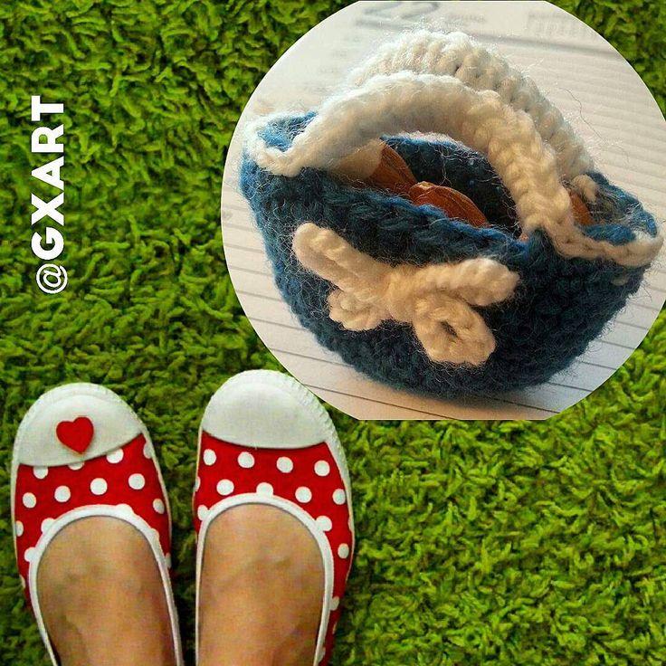 I love this little bag! Crochet by #gxartpaper #GXart #bag #crochet