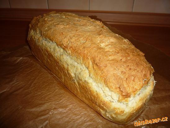 domácí chleba (bez pekárny)
