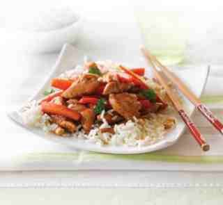 Honey and soy chicken with cashews Serves: 4 Time to make:  20 mins
