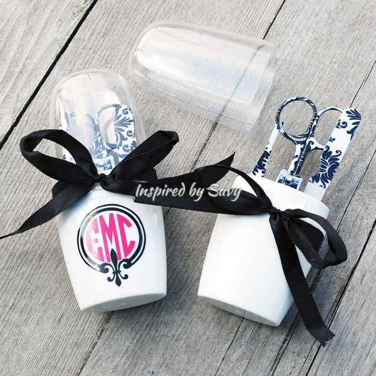 Black & White Damask Manicure Set With Monogrammed Case