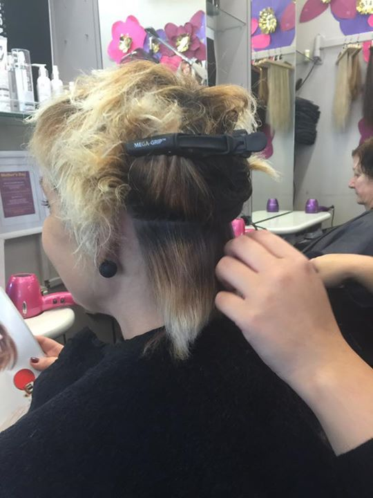 This woman have won her battle with cancer and now she has recovered her hair   She came to salon SHIQUE to reclaim her femininity!!   Can I get an amen ? #hair #cancer #chemotherapy #melbourne #hairloss     https://www.facebook.com/salonshique/posts/1163567643685831