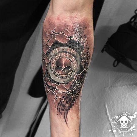 25 b sta harley davidson tattoos id erna p pinterest. Black Bedroom Furniture Sets. Home Design Ideas