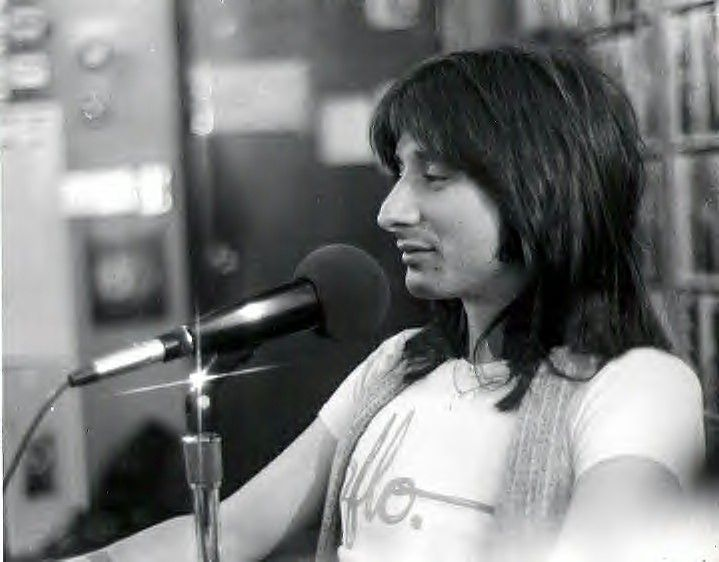 Steve Perry - Journey my all time fav band!!