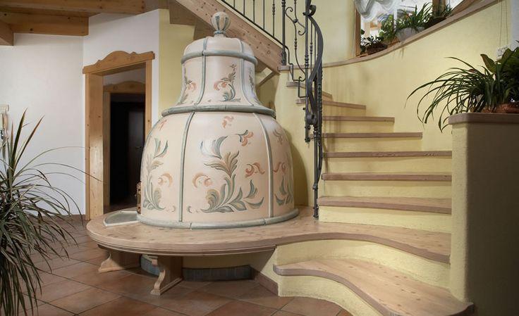 Oltre 25 fantastiche idee su decorazioni per stufa a legna - Stufe in maiolica stube ...