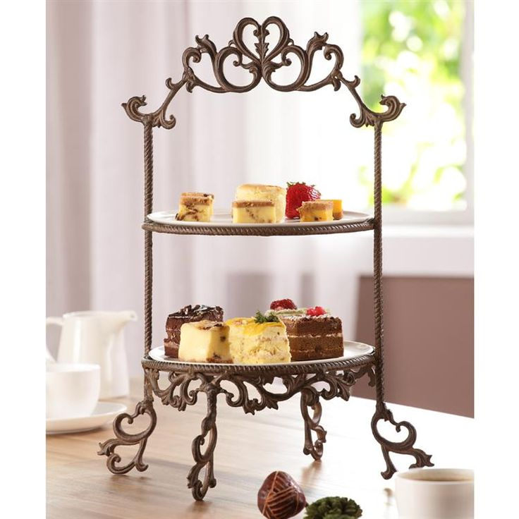 SPI Classic Plate Stand, $137