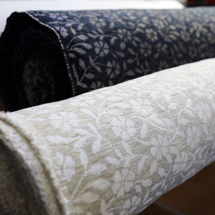 Tummaa vai vaaleaa? 🤔 | Lighter or darker? 🤔 Työvaihe: Kankaiden leikkaus ✂ | Craft: Fabric cutting ✂ Tuotantolinja: Sohvat | Production line: Sofas  #pohjanmaan #pohjanmaankaluste #käsintehty #craftsman #craftsmanship #handmadefurniture #furnituremaker #furnituredecor #fabric