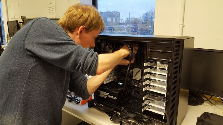 John building another awesome machine with a Fractal Design chassis