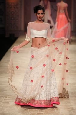 Manish Malhotra - WLIFW 2012 #indianwedding