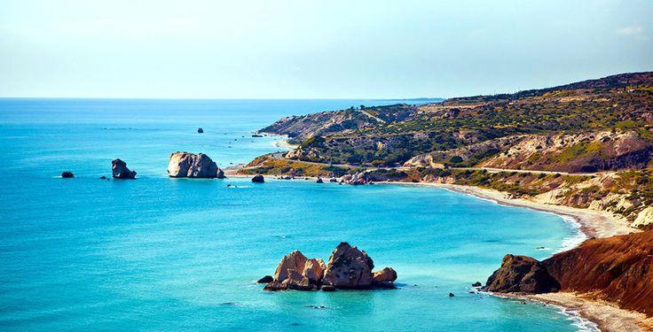 Verbringe 4 bis 14 Nächte im 5-Sterne Hotel King Evelthon, direkt am Meer. Im Preis ab 325 Franken sind die Halbpension, der Zutritt zum Wasserpark und der Flug inbegriffen.  Hier kannst du deinen Ferien Deal buchen: http://www.ich-brauche-ferien.ch/ferien-deal-luxusferien-in-zypern-mit-flug-und-hotel-fuer-nur-325/