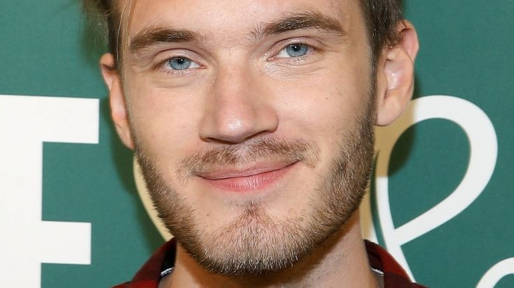 YouTube star PewDiePie uses racial slur during livestream