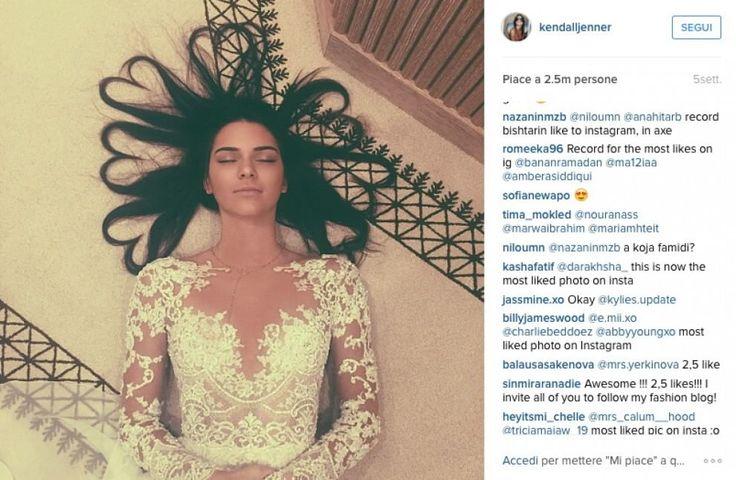 Il record di Kendall Jenner: 2,5 mln di like per una foto su Instagram. Battuta Kim Kardashian - Spettacoli - Repubblica.it