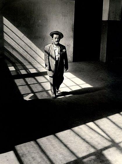 """La soledad del payaso"" - Leo Matiz"
