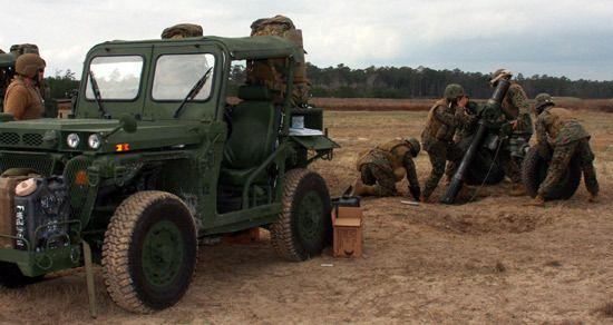 un EFSS con il mortaio da 120 in posizione di tiro