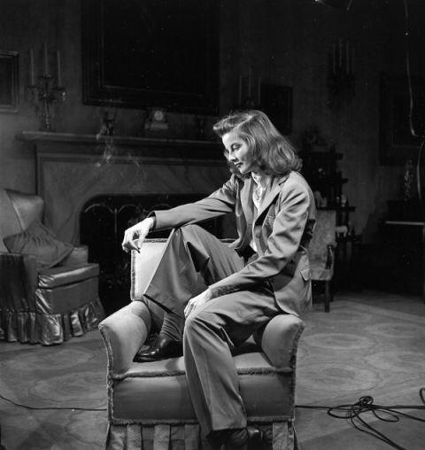 Katharine Hepburn.. master of androgyny  🙌