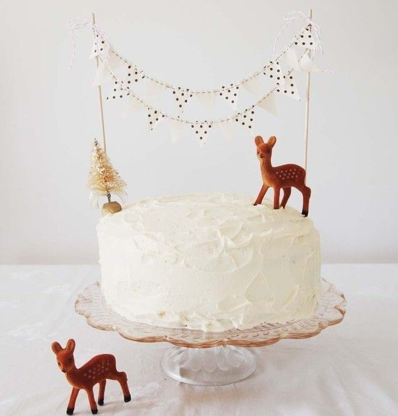 Wish I had a party that necessitated a cake with bunting.