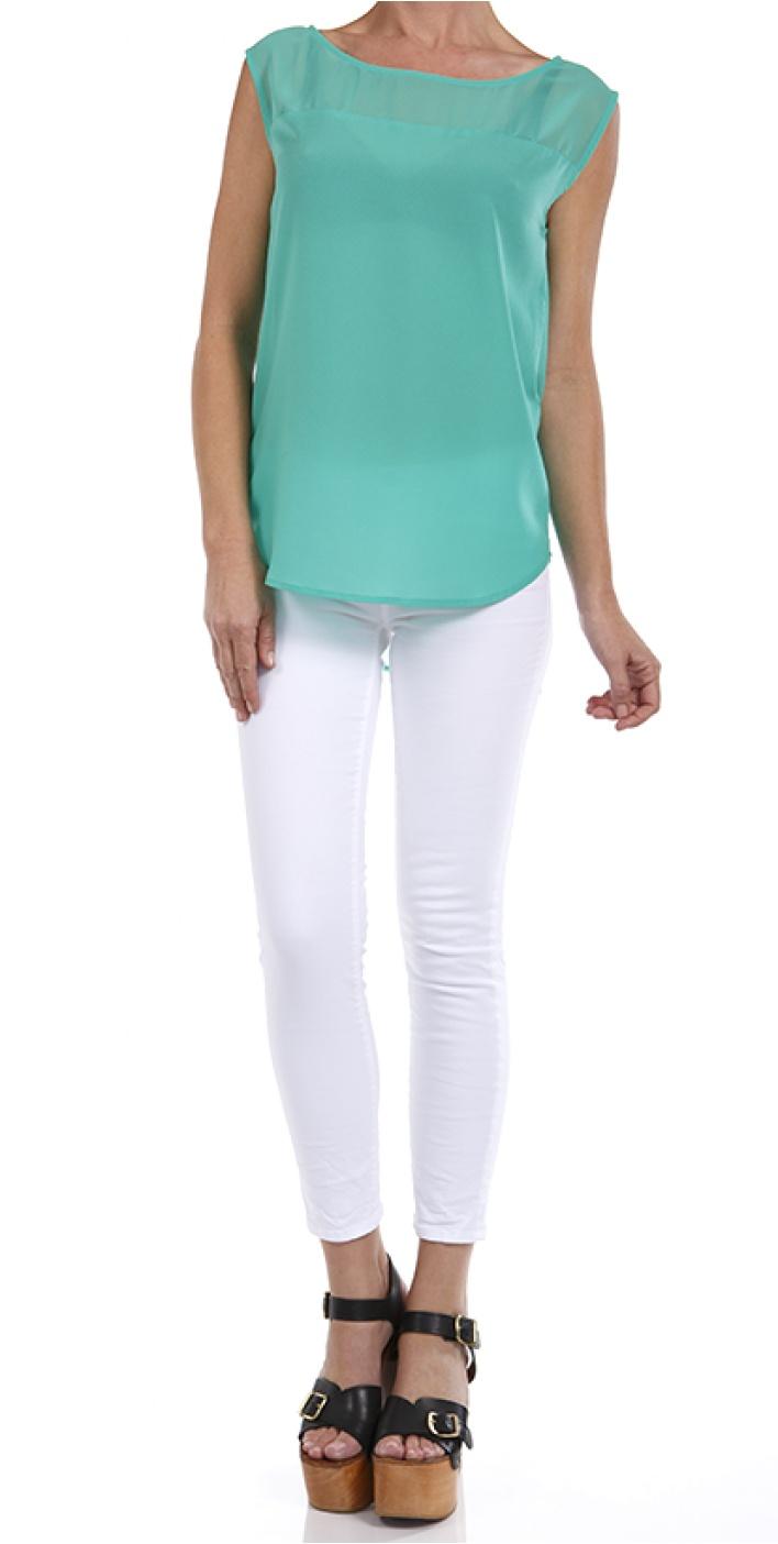 turquoise + white color blocking ~~~ um.. Undershirt and sandals then im good :)