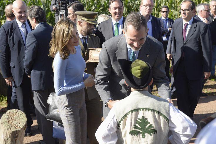 Queen Letizia of Spain and King Felipe of Spain visit Porenu village on October 21, 2017 in Villaviciosa, Spain