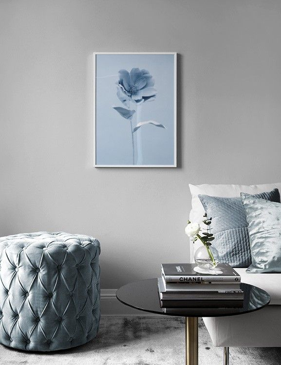 Blue flower Poster in the group Prints / Sizes / 50x70cm | 20x28 at Desenio AB (3821)