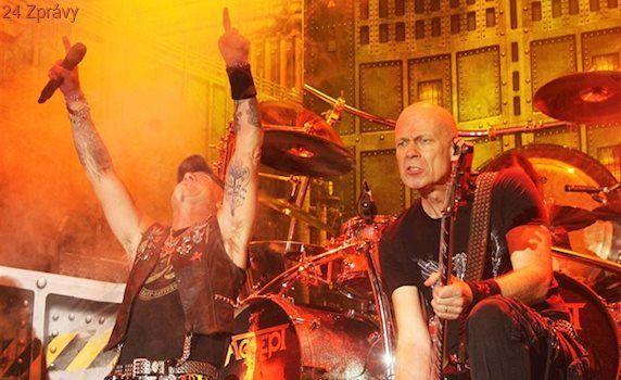 Metal nemůže být veselý, říká kytarista o chystané desce kapely Accept
