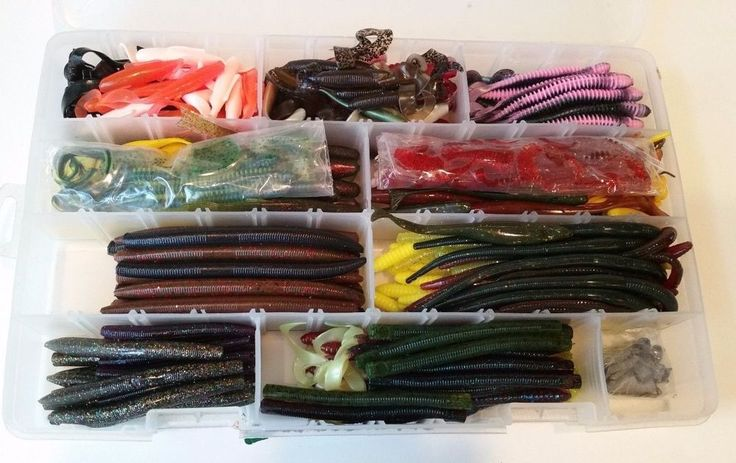 Best 87 bass fishing images on pinterest outdoors for Bass pro shop fishing lures