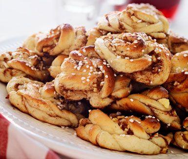 saftiga kanelsnurror med äpplen. Garanterat uppskattat på bjudningen eller kalaset!