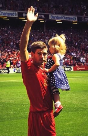 Liverpool-v-Olympiacos-Steven-Gerrard-Testimonial. With the youngest Lourdes.