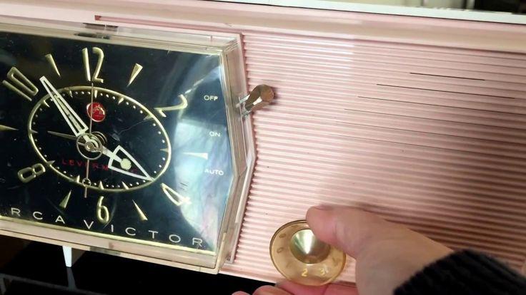 RCA Victor am radio alarm clock