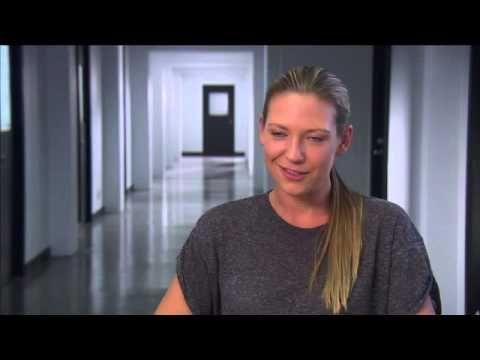 """FRINGE - Season 5 EPK """"Anna Torv - Olivia Dunham"""" [5x01 """"Transilience Though Unifer Model - 11""""]"""