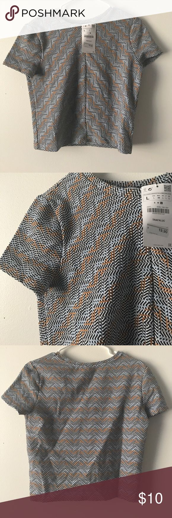 Multi color crop top from Zara Great spring or summer print. Crop top. Tags attached. Zara Tops Crop Tops