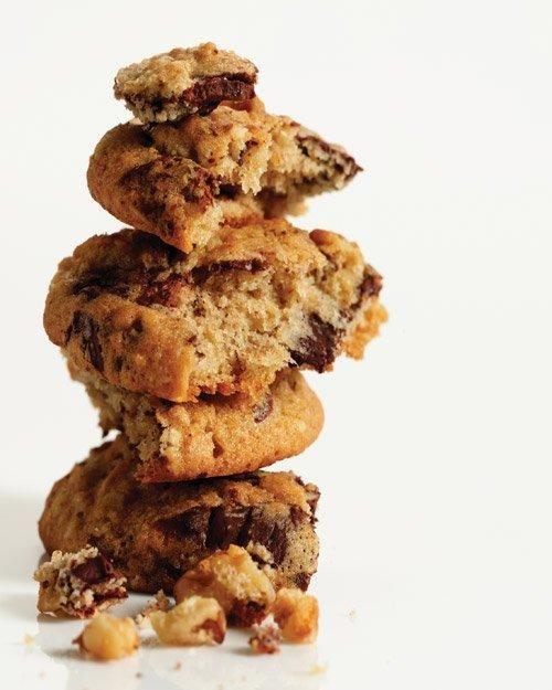 Banana-Walnut Chocolate Chunk Cookies RecipeChocolate Chunk Cookies, Bananawalnut Chocolates, Chocolate Chips, Chocolates Chips Cookies, Chocolates Chunk Cookies, Chocolate Chip Cookie, Cookies Recipe, Bananas Walnut Chocolates, Bananas Breads