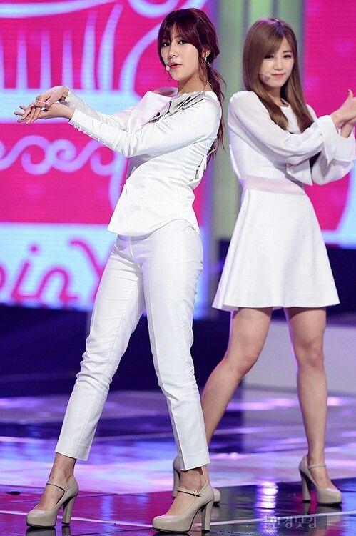 Hayoung, Chorong!