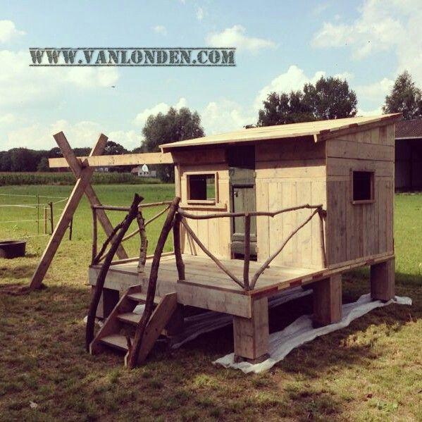 Steigerhouten speelhuis Linde bij vanlonden.com - meubelen van steigerhout